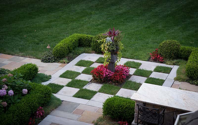 Bernardsville nj for Checkerboard garden designs