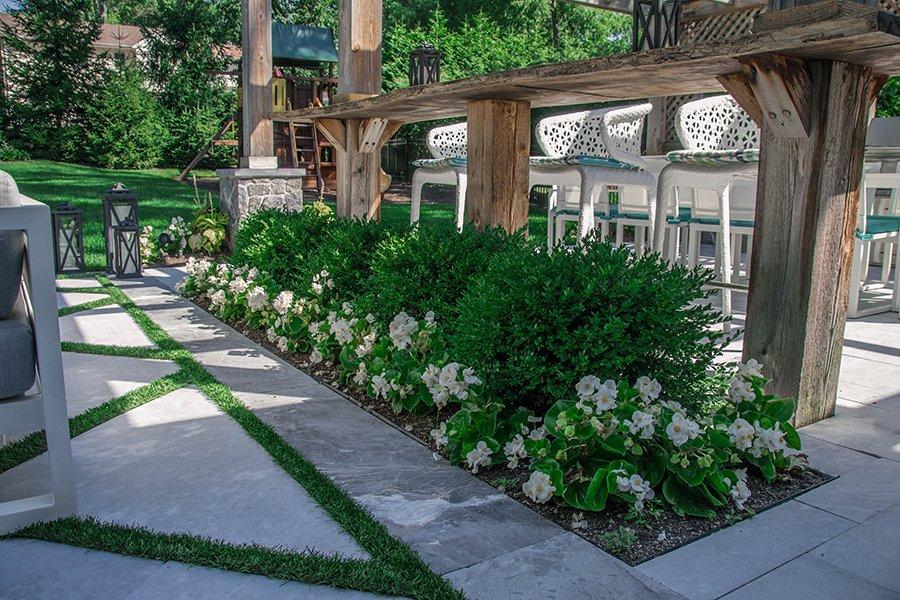 Garden Planting as Room Divider