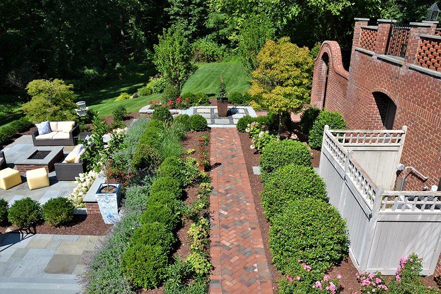 Garden Walkways with Seasonal Planter