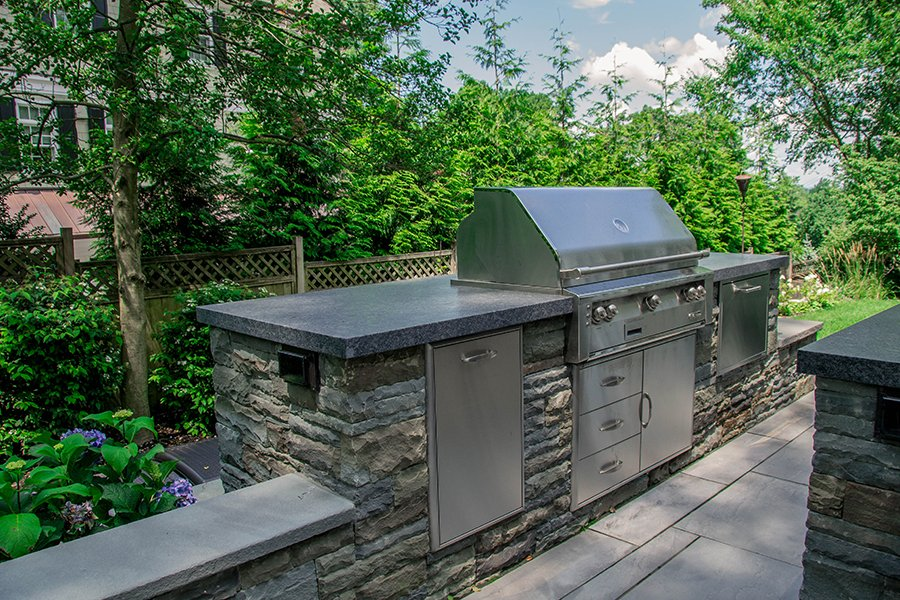 Large Custom outdoor kitchen