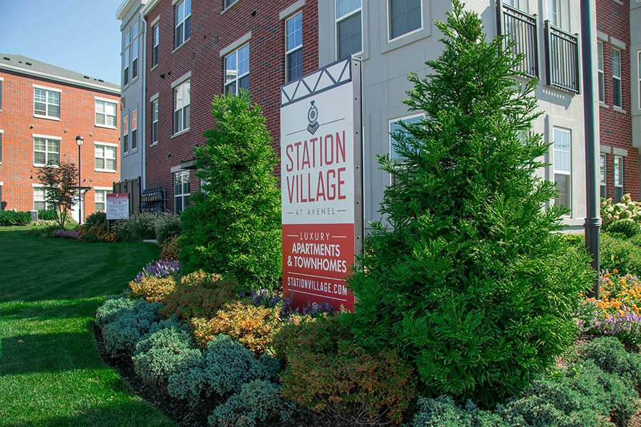 Luxury Apartments Commercial Landscaping