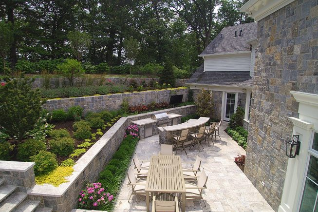 Outdoor Dining and Kitchen Space, Franklin Lakes, NJ
