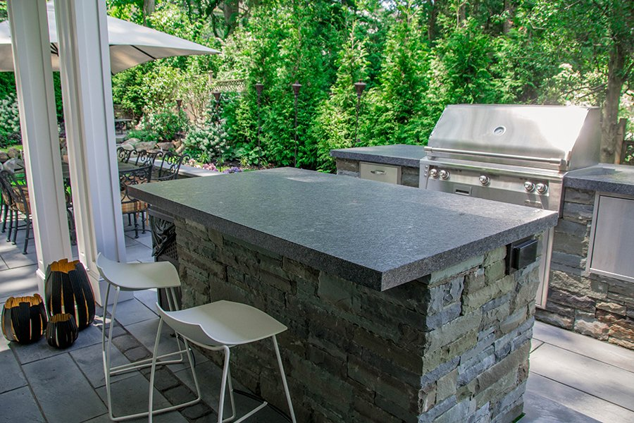 Outdoor Kitchen with Bar Seating Space