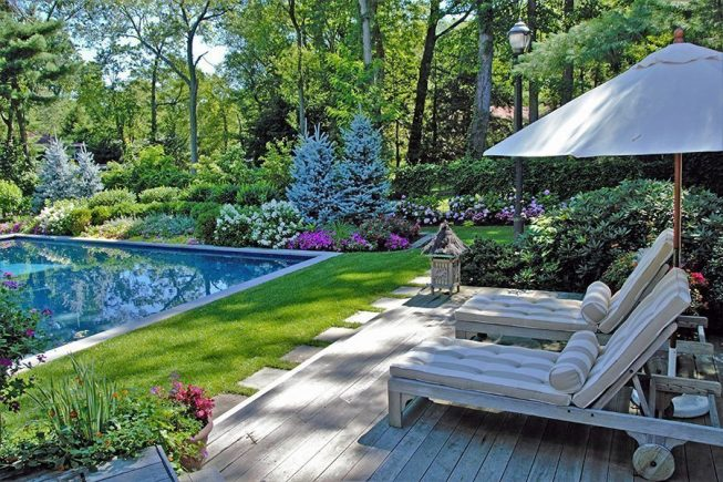Poolside Patio Relaxation Space