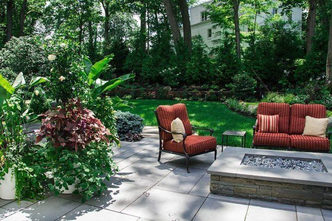 Seasonal Planter Design and Installation