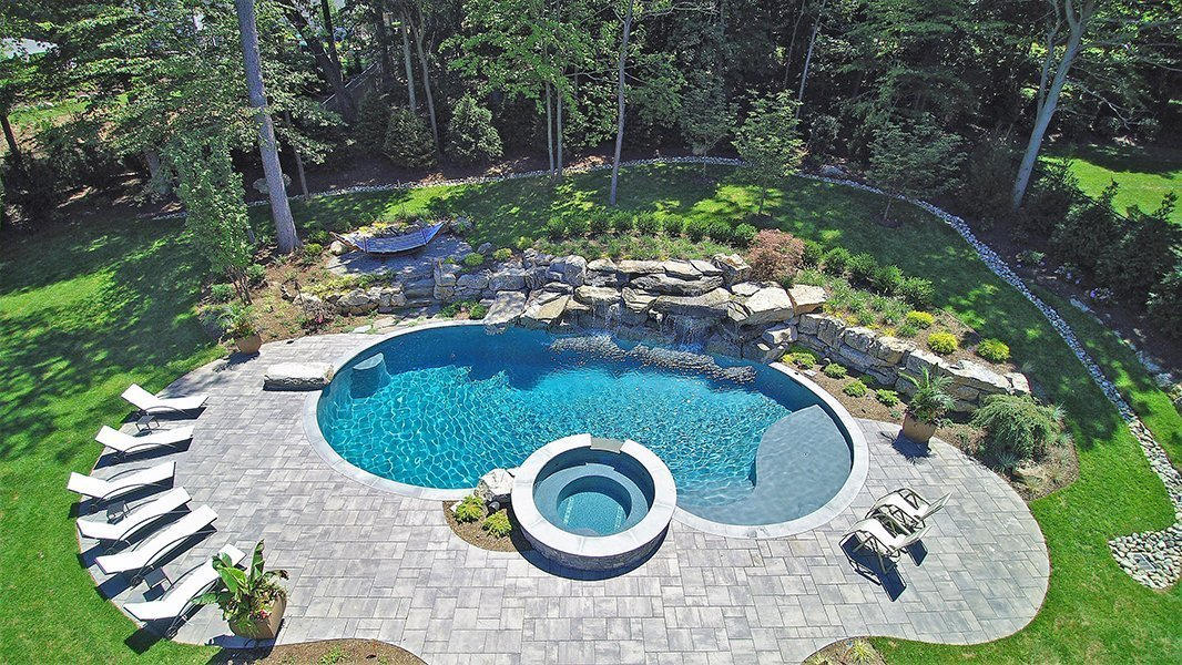 Naturalistic Pool Design in Livingston, NJ