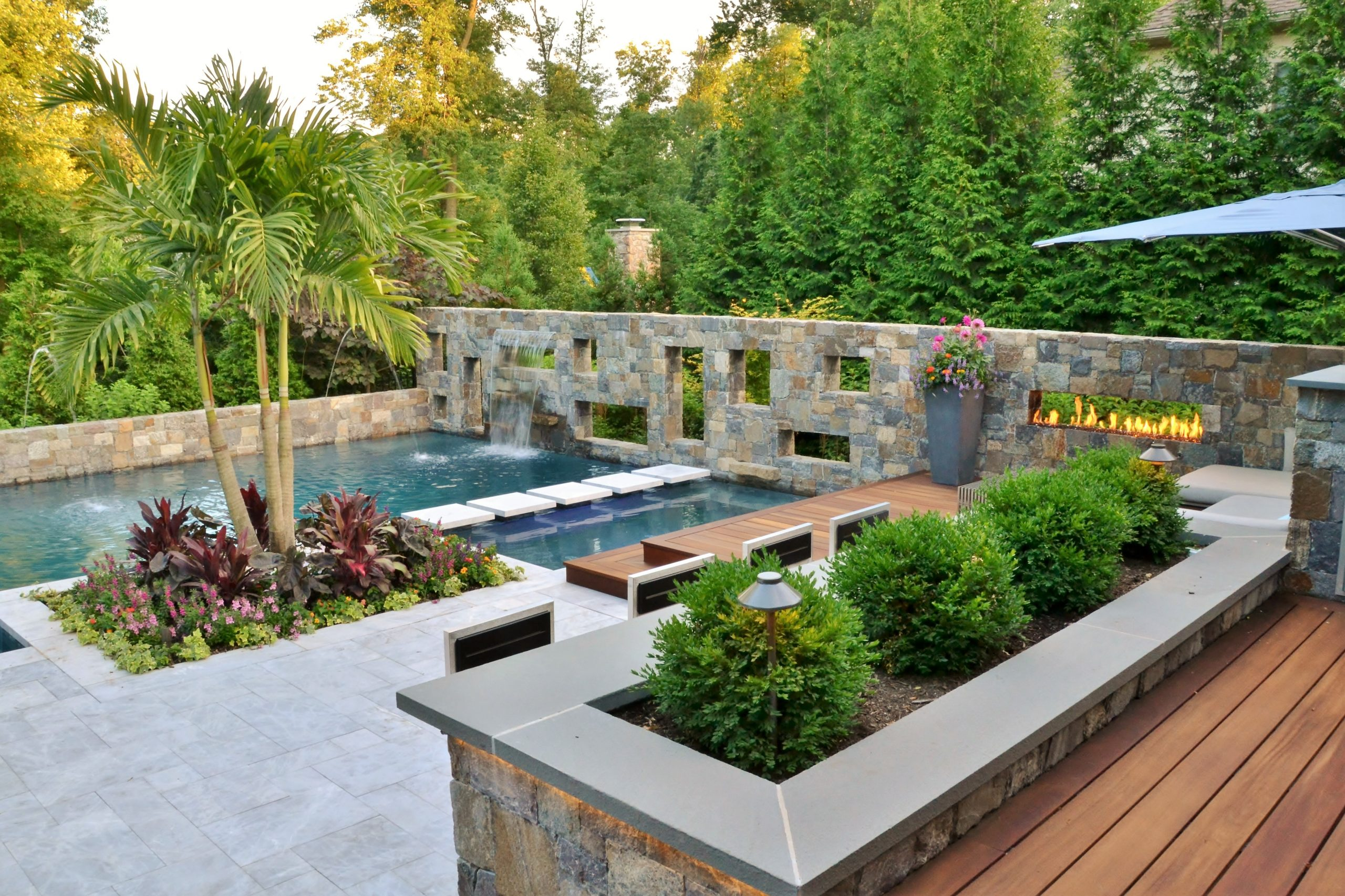 Modern Pool and Fire Wall, Short Hills NJ