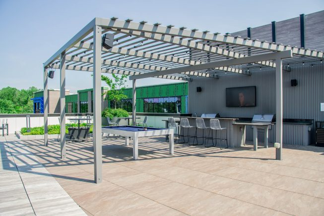 Custom Outdoor Dining Space Design